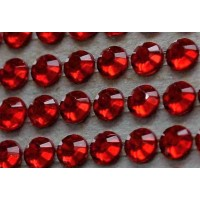 Self-adhesive crystals 4 mm ruby - 0012 Emb